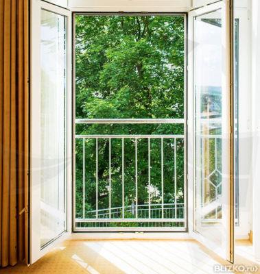 Балконная дверь: разновидности, материал, особенности устрой.